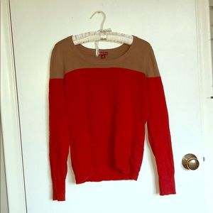 RED AND TAN SOFT SWEATER